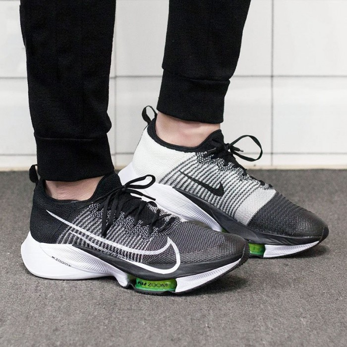 CHAUSSURE NIKE AIR ZOOM TEMPO