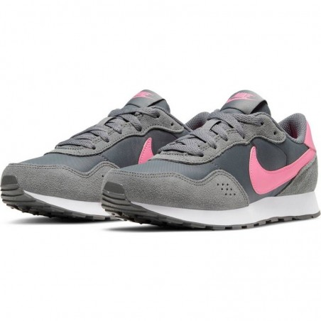 CHAUSSURES NIKE MD VALIANT